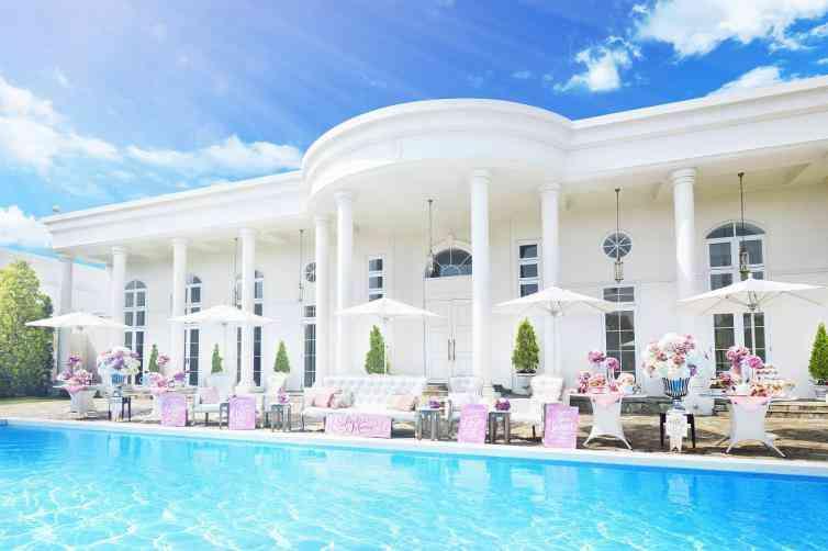 アーヴェリール迎賓館 富山 ホワイトハウス 貸切プール付きガーデンで